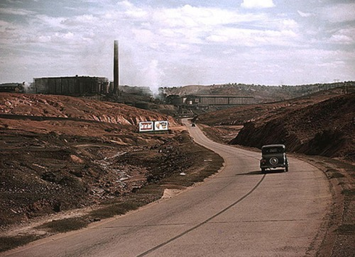 A copper smelting plant in the basin, 1939.